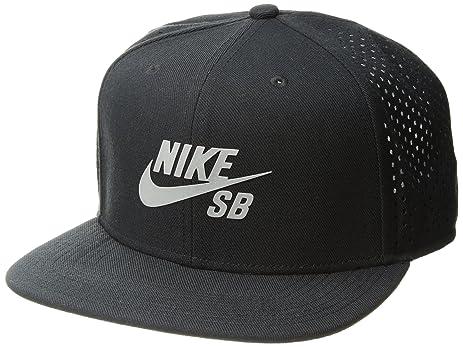 Nike Mens SB Performance Pro Trucker Snapback Hat Black/Reflective Silver