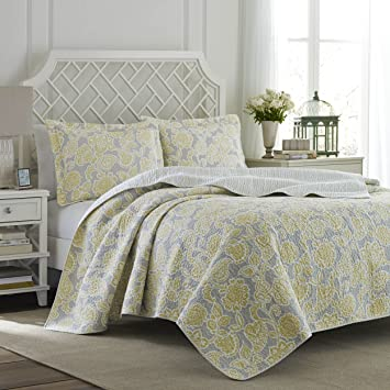 Amazon.com: Laura Ashley Joy Reversible Quilt Set, King: Home ... : laura ashley king quilt - Adamdwight.com