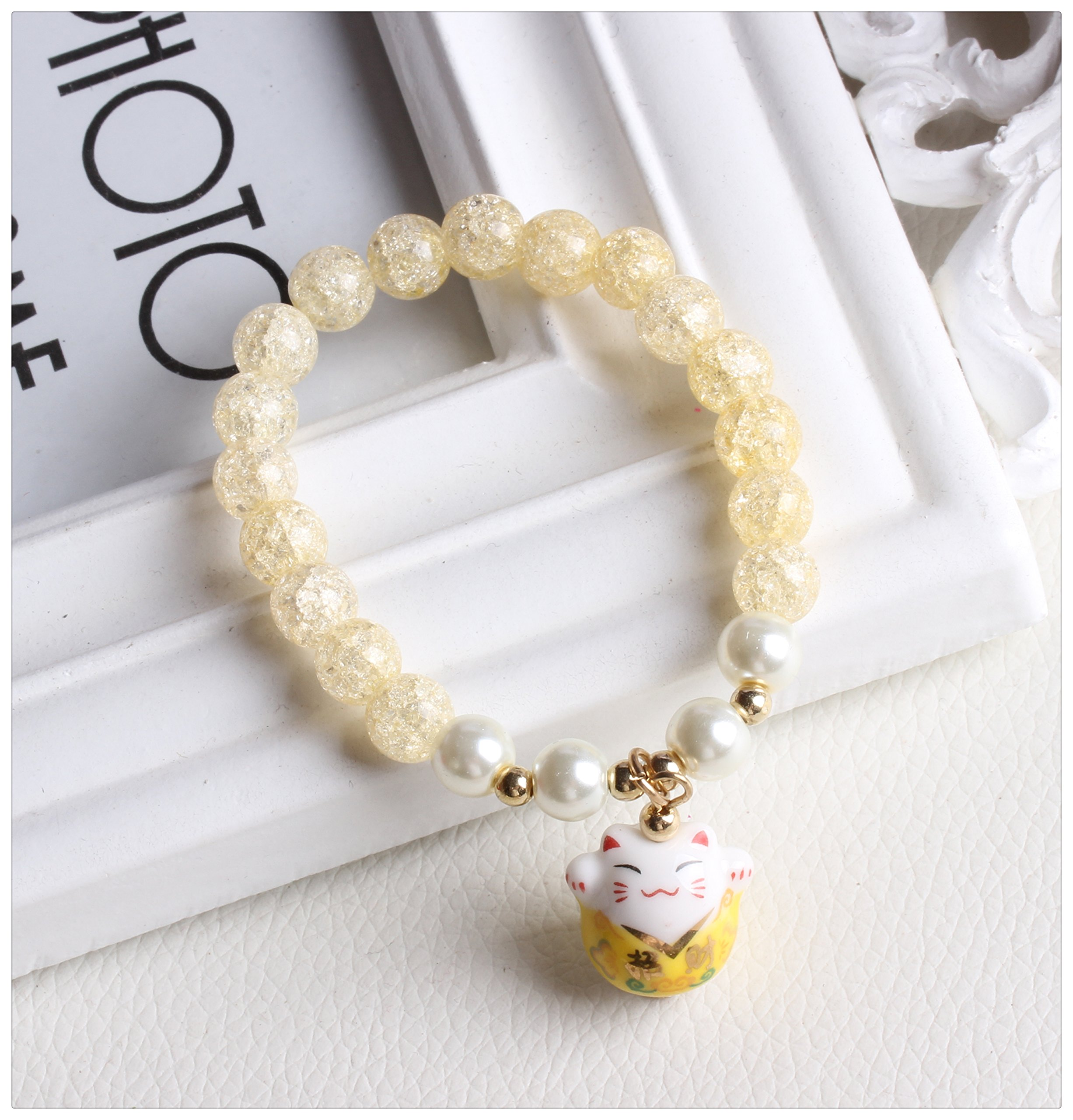 DreamMarker Ice Crack Crystal Korean Style Charm Bracelet with a Fortune & Lucky Cat Pendant (Yellow)