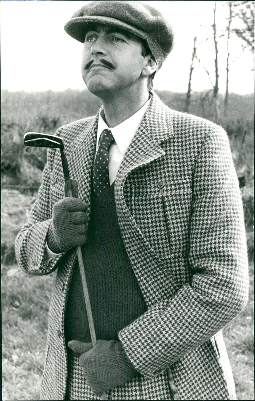 pics John Alderton (born 1940)