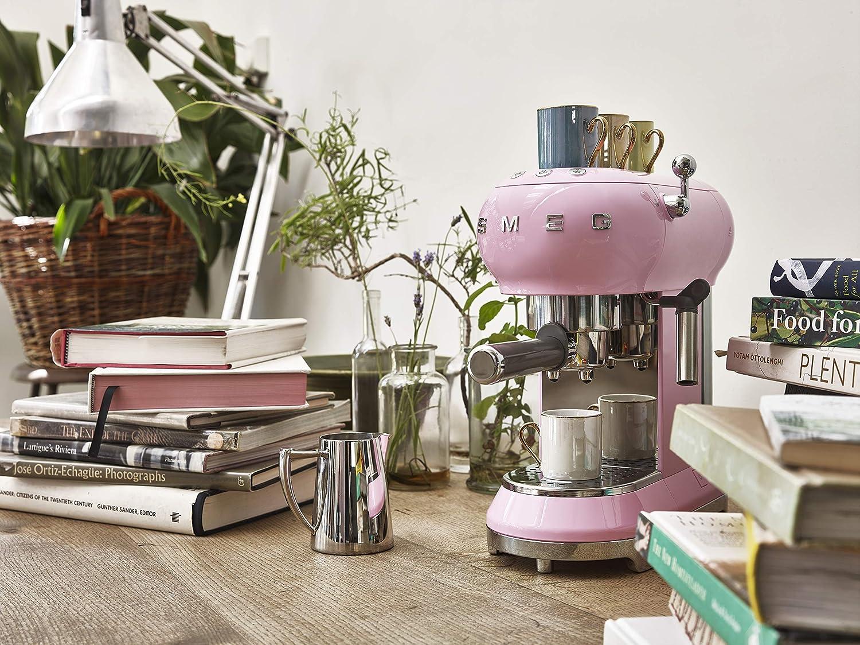 M/áquina de caf/é expreso Smeg ECF01RDUK crema
