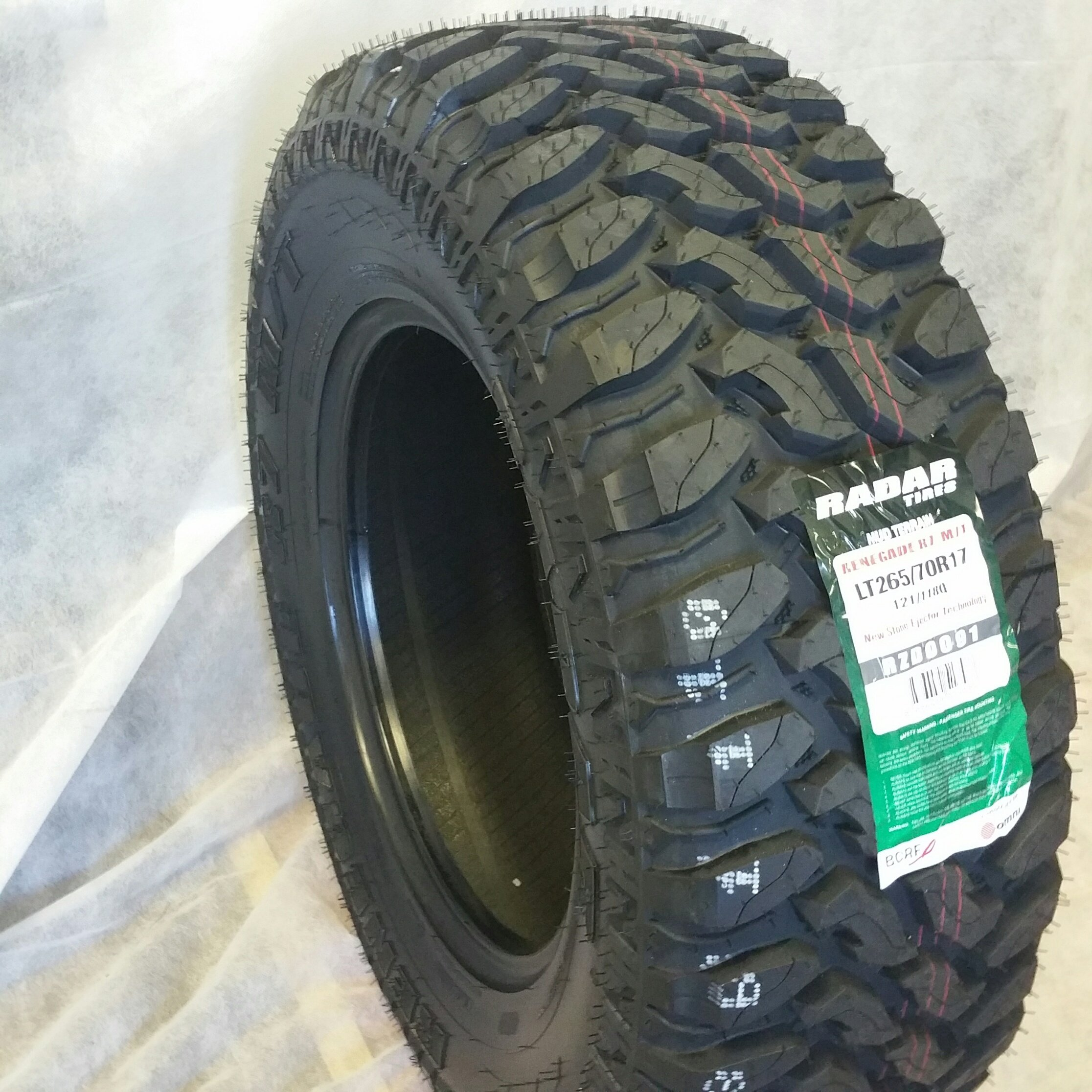 LT 265/70R17 (1-TIRE) RADAR RENEGADE M/T 10 PLY PREMIUM QUALITY 265/70R17 LOAD RANGE E by ROAD WARRIOR (Image #1)