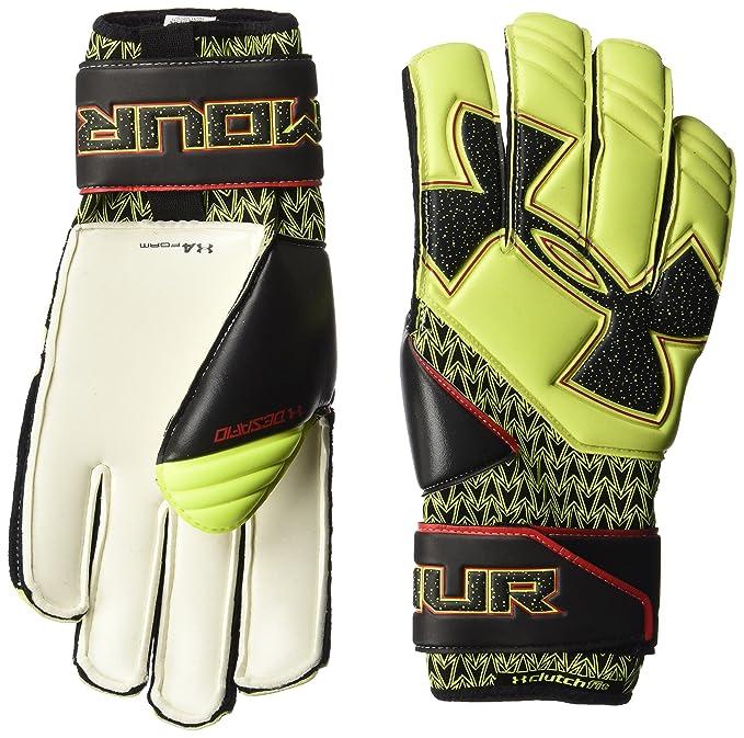 94db1f3e3 Amazon.com   Under Armour Men s Desafio Soccer Gloves   Sports   Outdoors