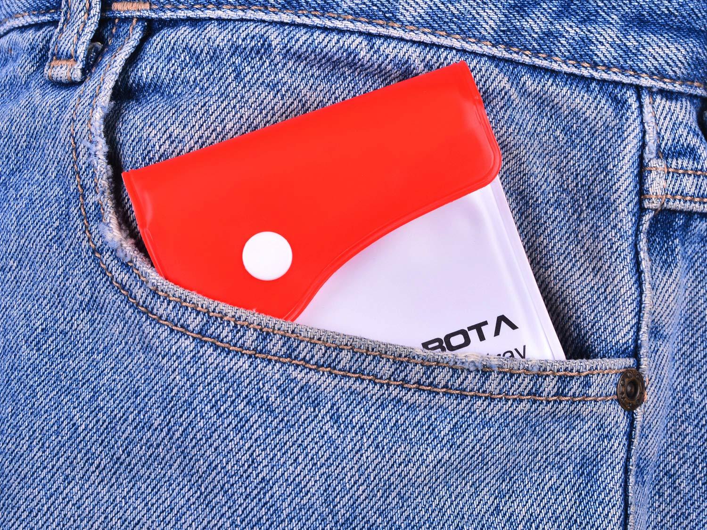 LABOTA 8 Pack Taschenaschenbecher Mini Aschenbecher in die Irre Tasche Tragbare Kompakt feuerfestes PVC Geruchsfrei