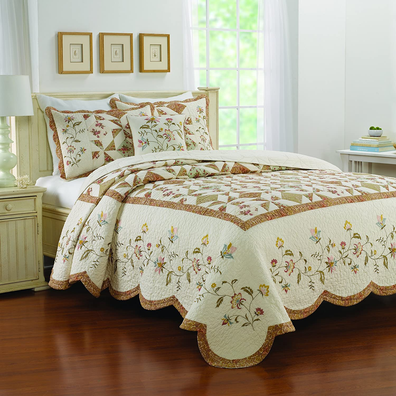Nostalgia Home Caroline Bedspread, Queen