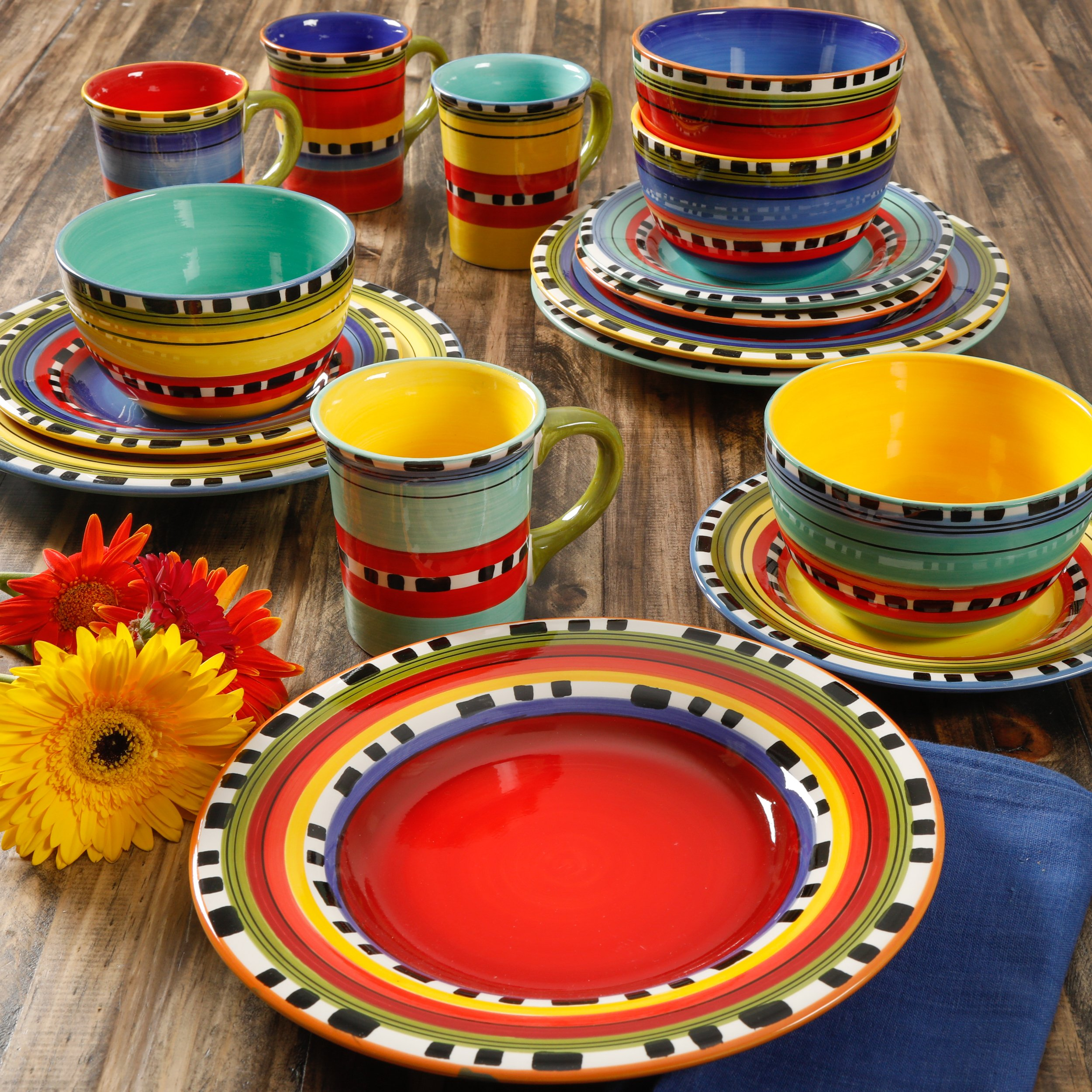 Gibson Home Pueblo Springs Handpainted 16-Piece Dinnerware Set - Picante