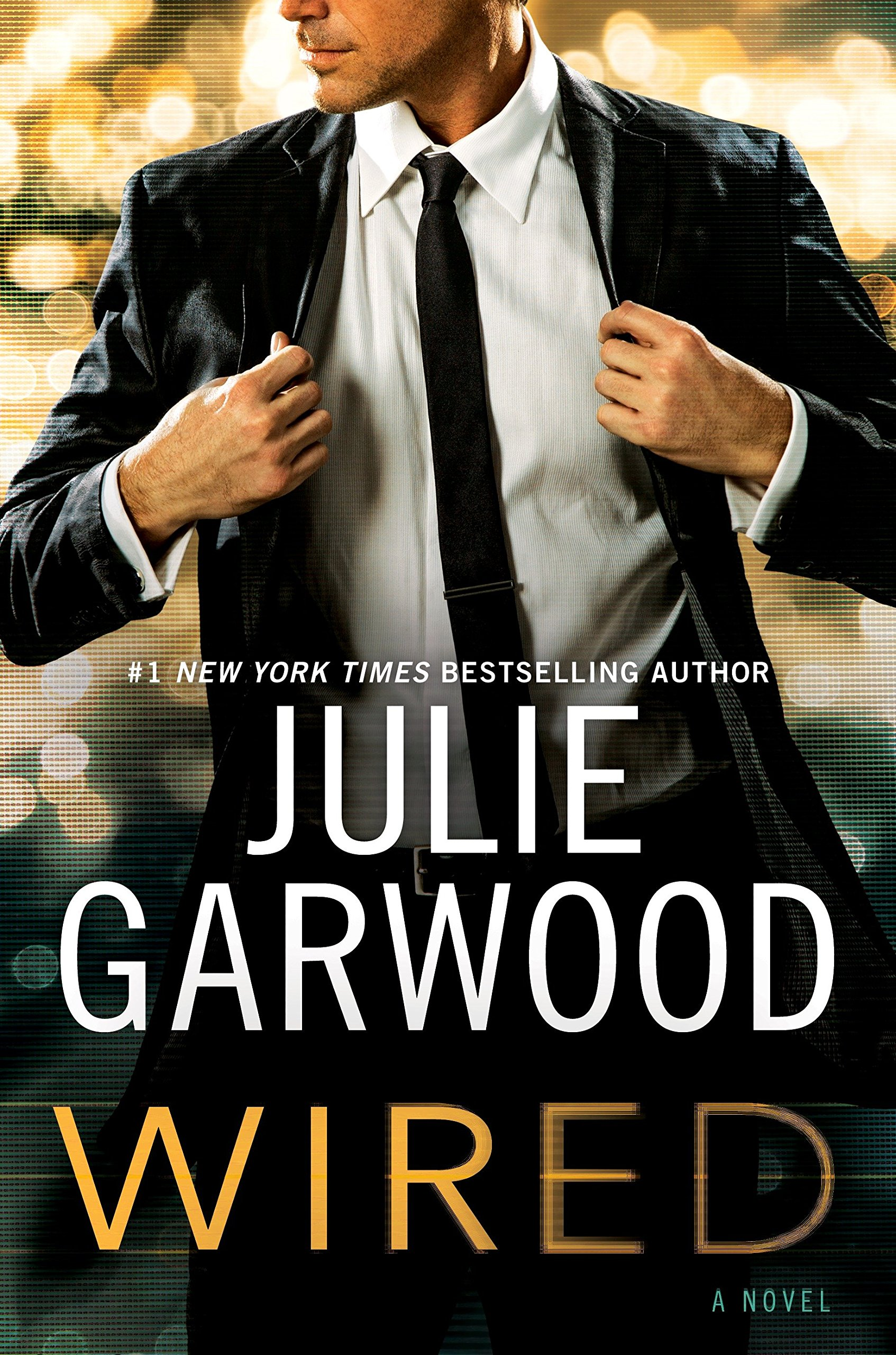 Wired (Buchanan/FBI): Julie Garwood: 9780525954460: Amazon.com: Books