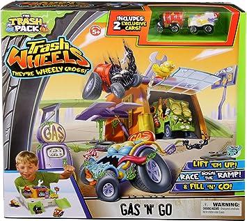 The Trash Pack Trash Wheels Gas N Go Playset: Amazon.es: Juguetes ...