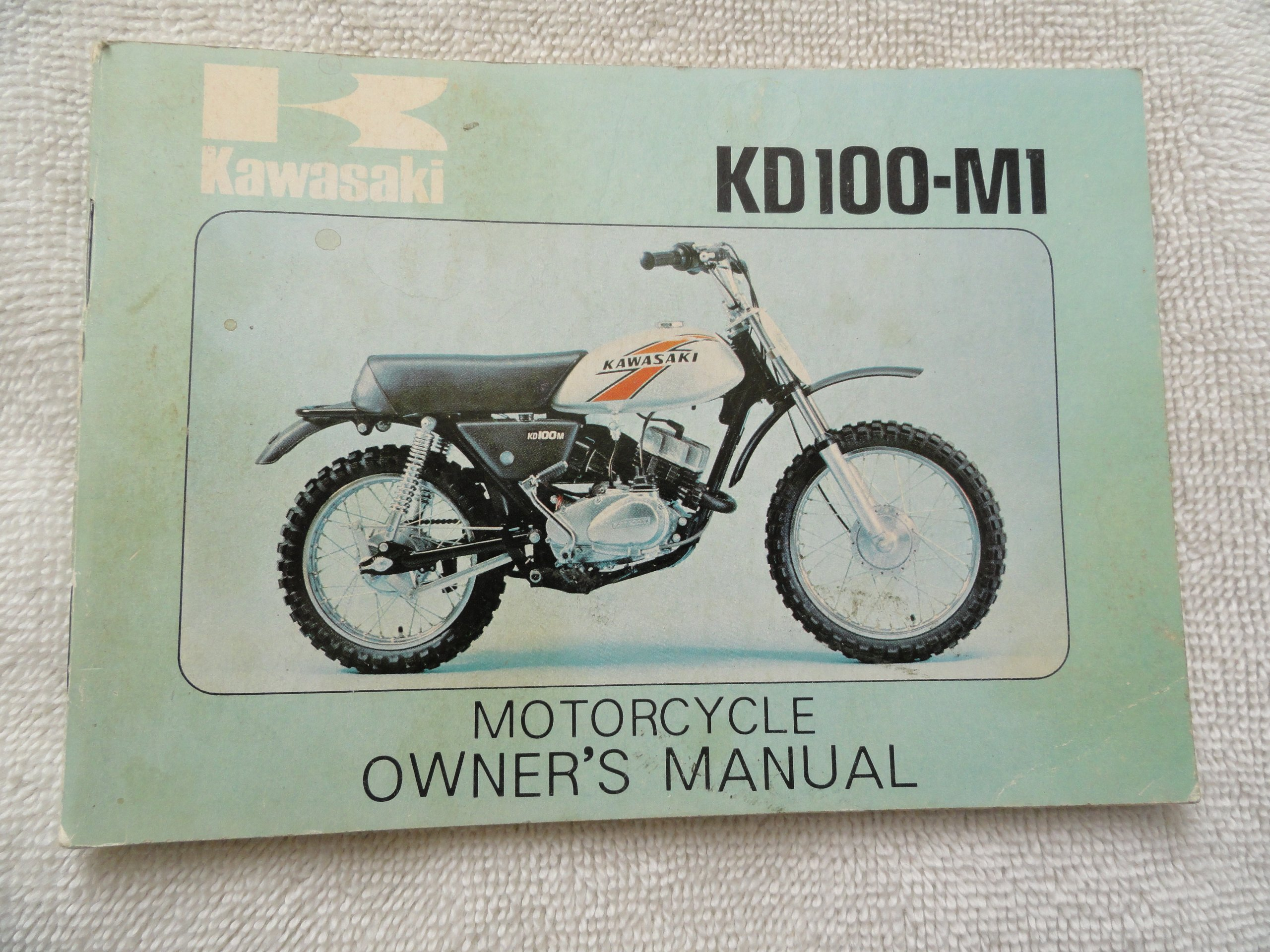 1975 1976 kawasaki kd100 owners manual kd 100 m1 kawasaki amazon rh amazon  com 1995 kawasaki ke100 service manual kawasaki ke100 repair manual
