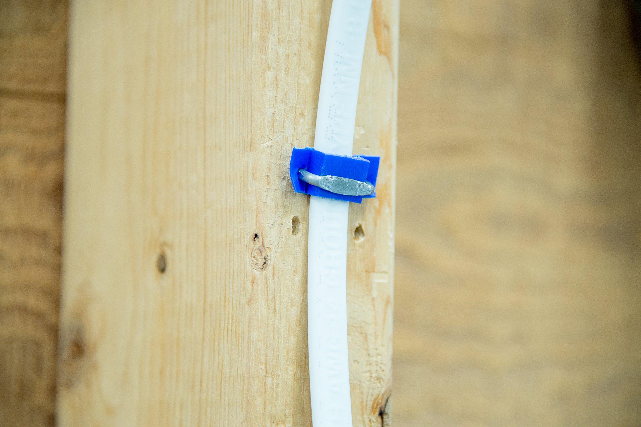 Gardner Bender MSI-950B Polyethylene Insulated Metal Staple, 1/2 in.,14/2 & 12/2 (NM) Cable, Blue