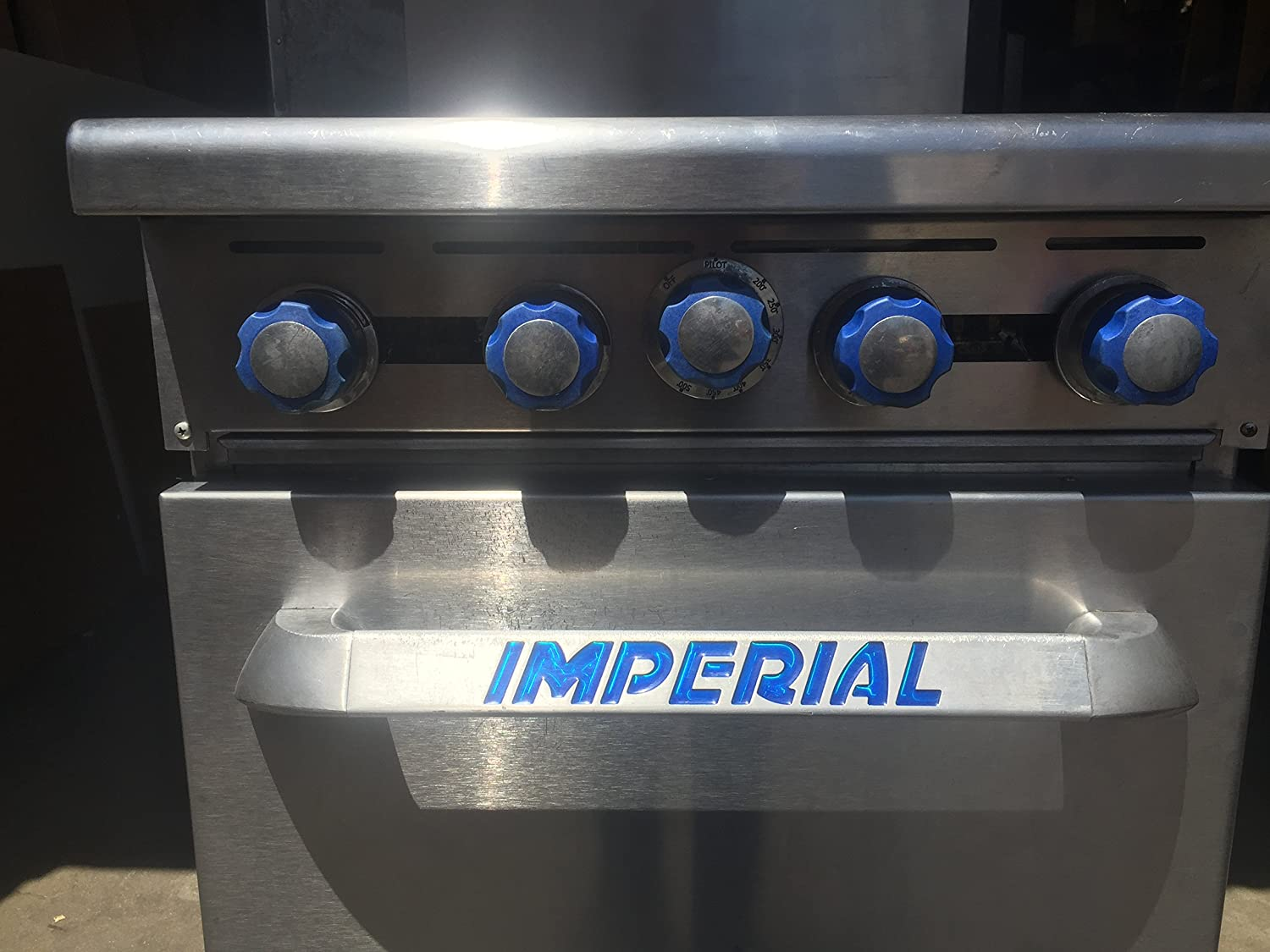 Imperial Commercial Restaurant Range 24 With 4 Burners//Standard Oven Natural Gas Model Ir-4