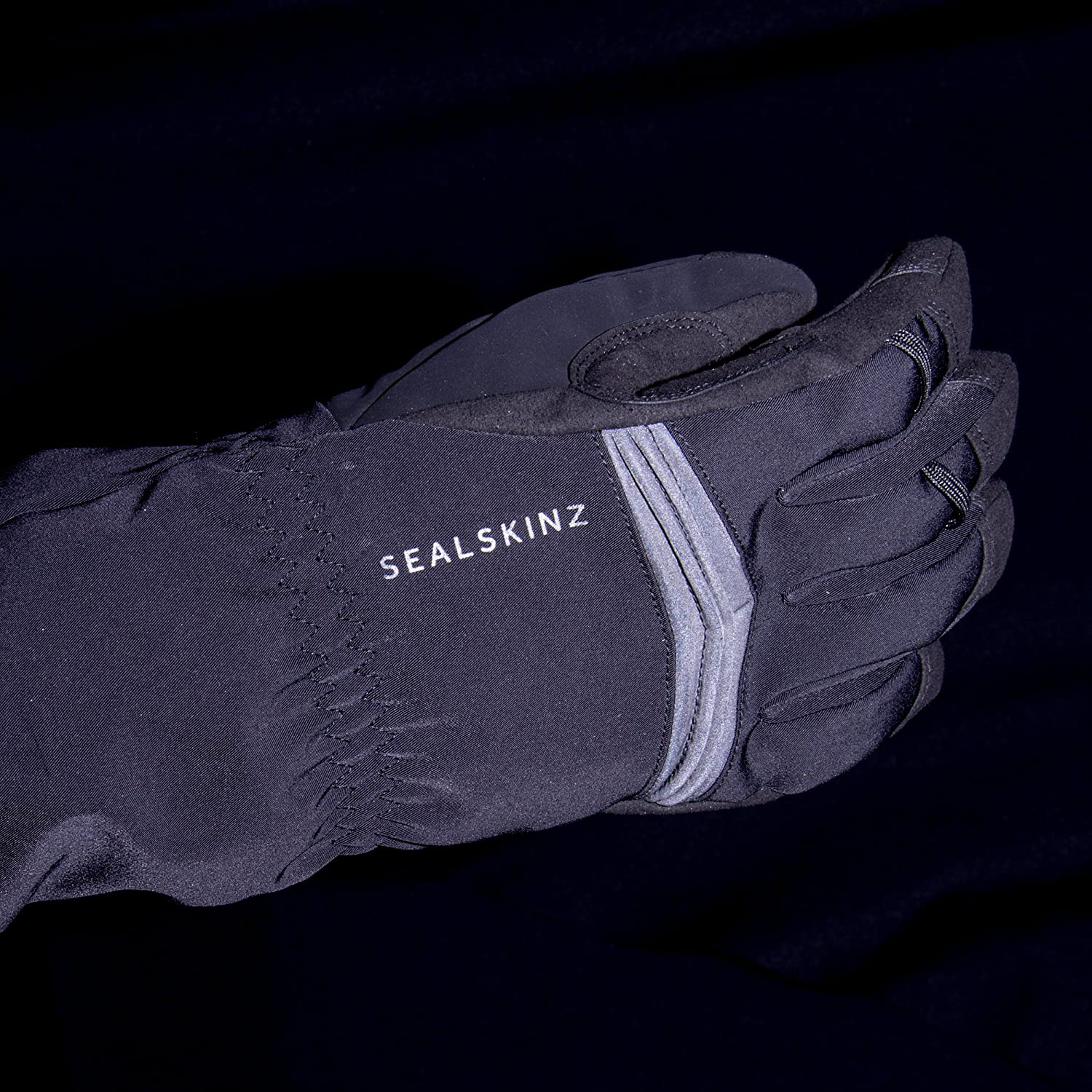 Seal Skinz Reflective Extreme Cold Weather Gauntlet Black