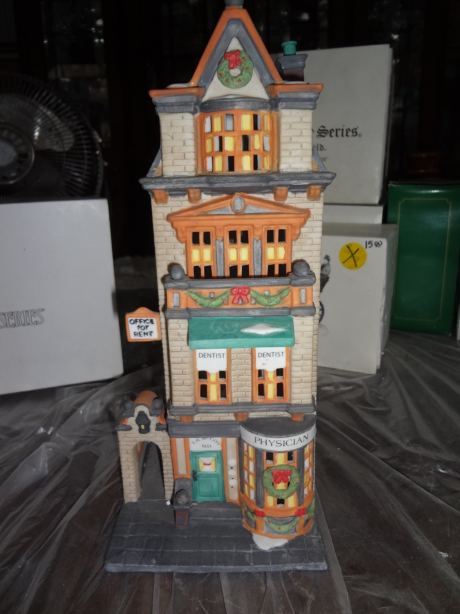 Dept 56 Christmas in the City **The Doctor's Office** (55441) by Department 56