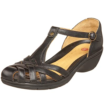 8aa354458 CLARKS Unstructured Women s Un.Helm T-Strap