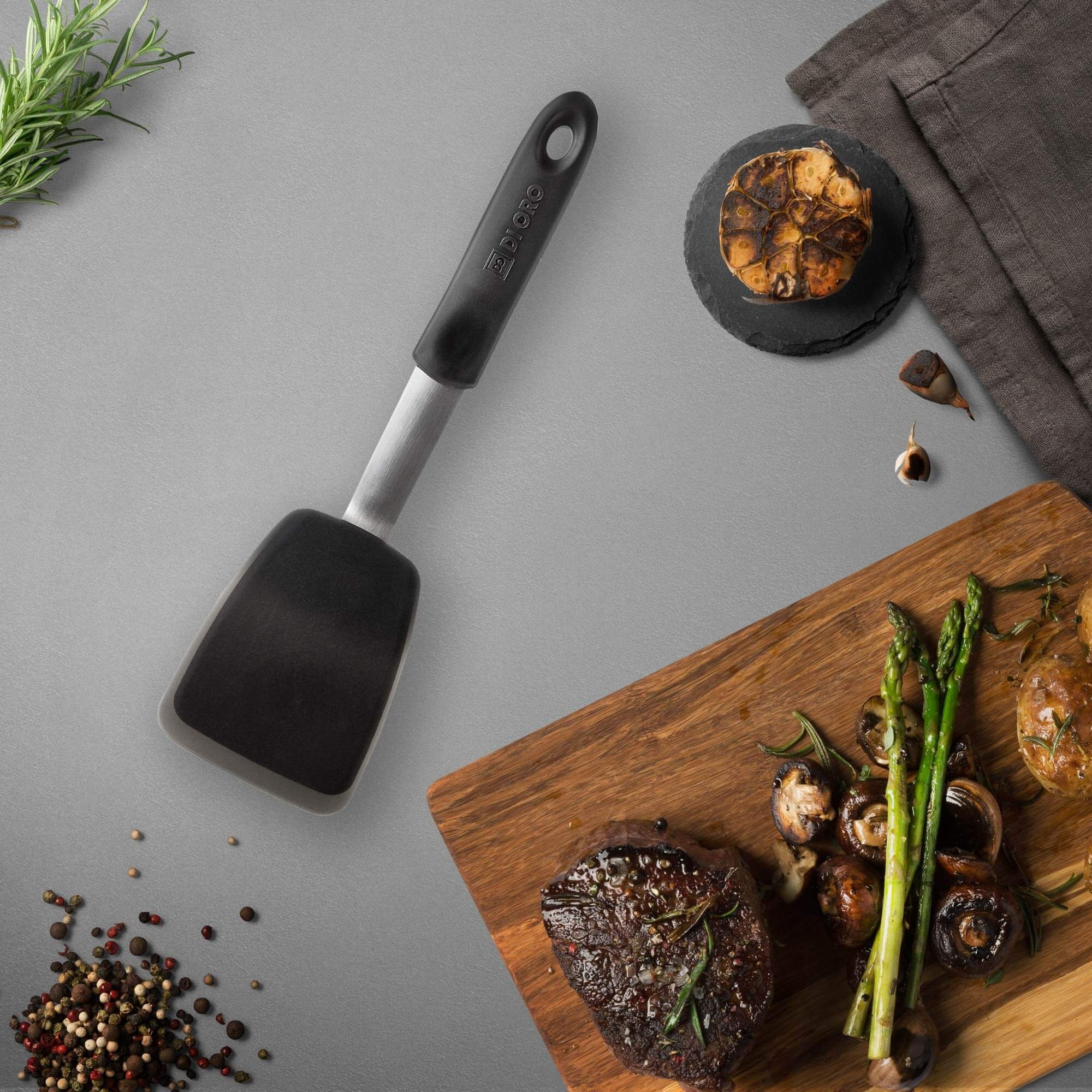 DI ORO Chef Series Premium Flexible Silicone Standard Turner Spatula - The Best Egg, Pancake, and Flipper Silicon Spatula - Versatile 600ºF Heat Resistant Rubber Turner to Meet All Your Kitchen Needs by di Oro Living (Image #4)