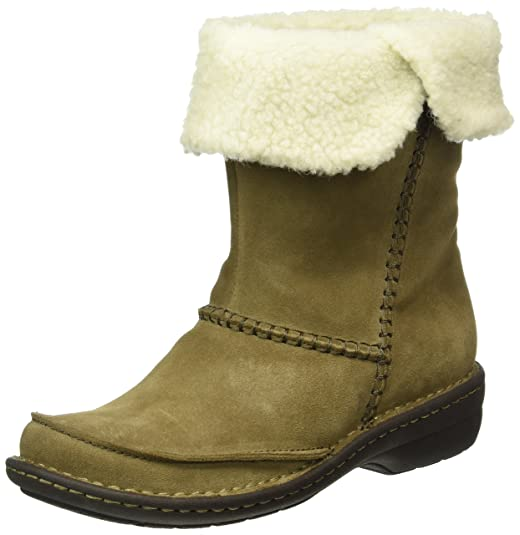 Clarks Women's Avington Grace Boots Boots at amazon