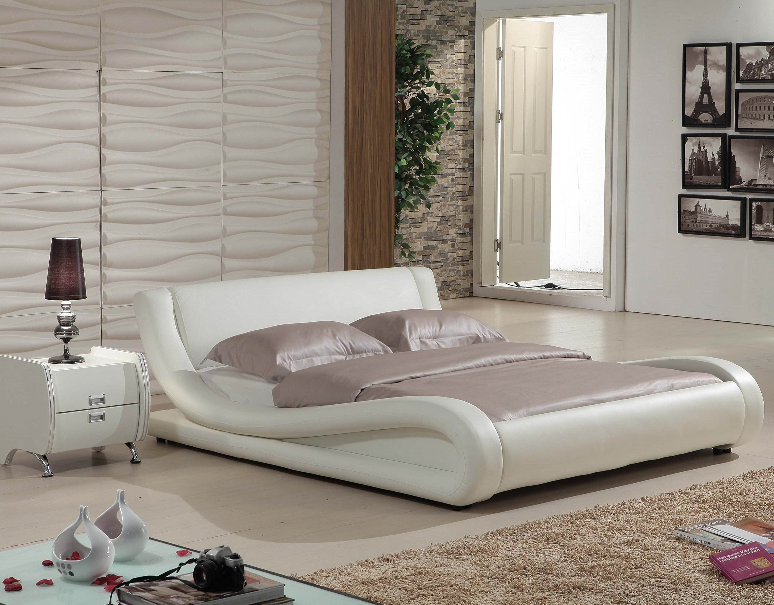 US Pride Furniture Dona Faux Leather Modern Bed, Queen, Ivory by US Pride Furniture