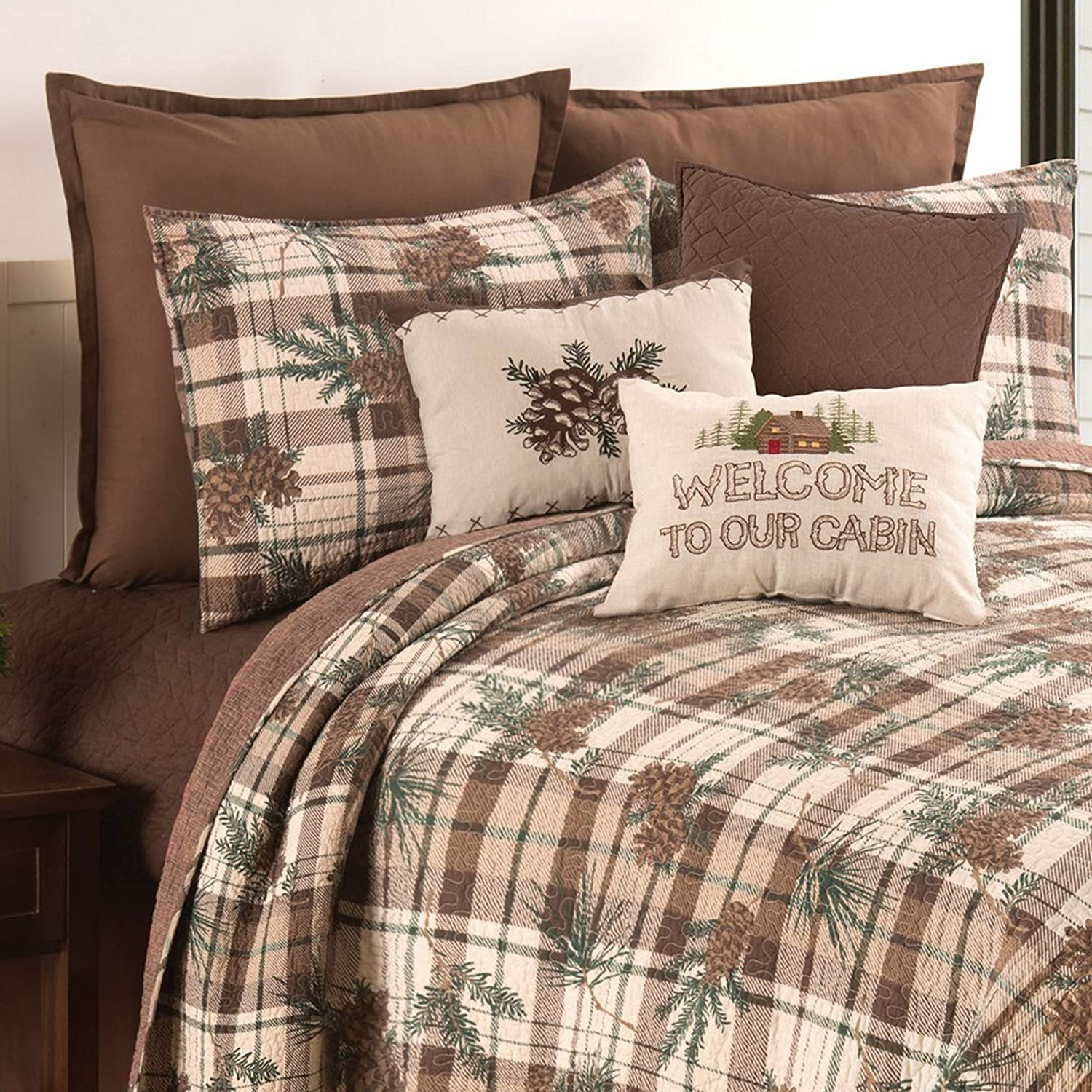 C&F Home Lookout Lodge Cabin Woods Pinecone Machine Washable Reversible King Quilt Set King 3 Piece Set Brown