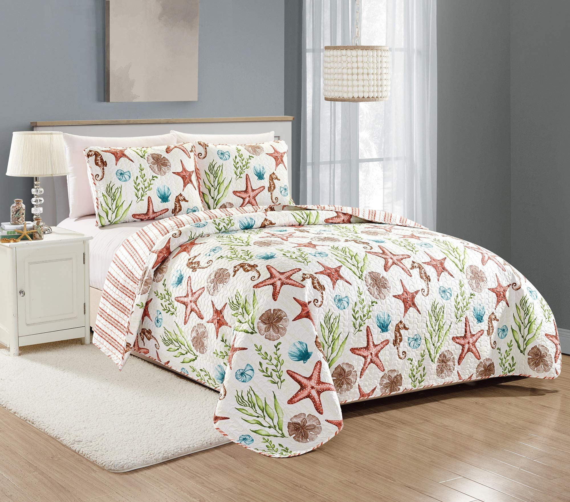 Great Bay Home Castaway Coastal Collection 3 Piece Quilt Set with Shams. Reversible Beach Theme Bedspread Coverlet. Machine Washable. (Full/Queen, Multi) by Great Bay Home (Image #5)