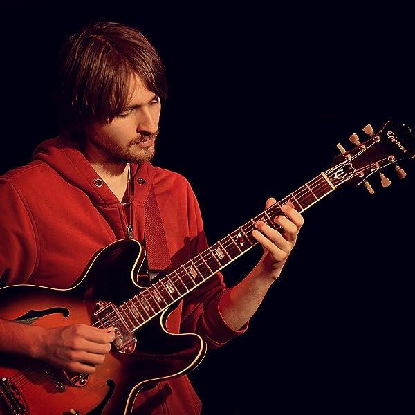 Triadas de la Escala Mayor en la Guitarra: Amazon.es: Badiarov ...