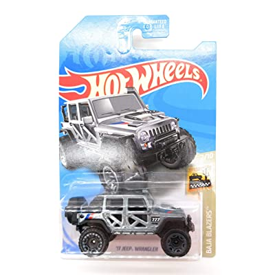 DIE CAST CAR Hot Wheels 1:64 Scale Diecast 17 Jeep Wrangler Grey 1:64: Toys & Games
