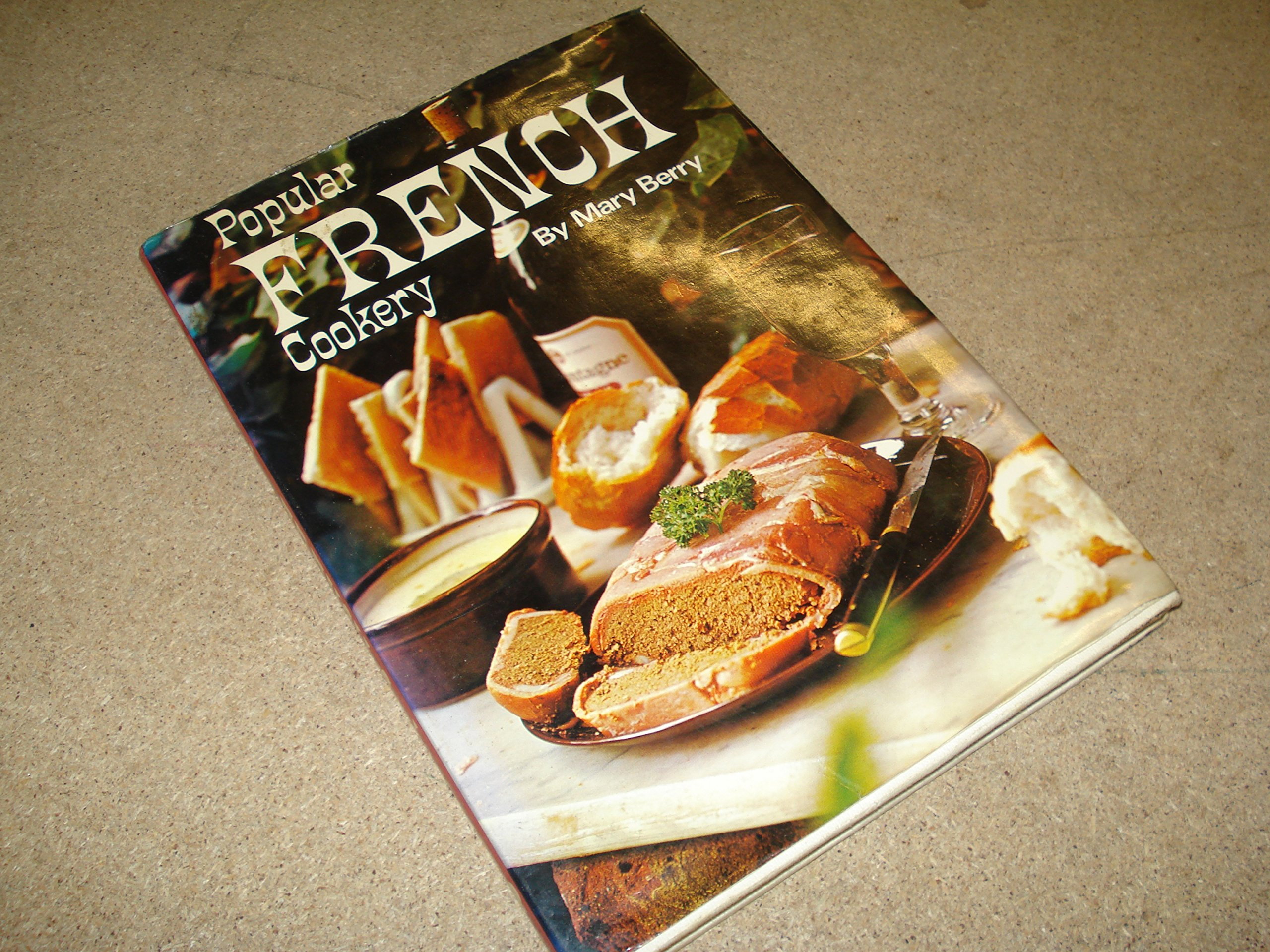 Popular french cookery mary berry 9780706400748 amazon books fandeluxe Images