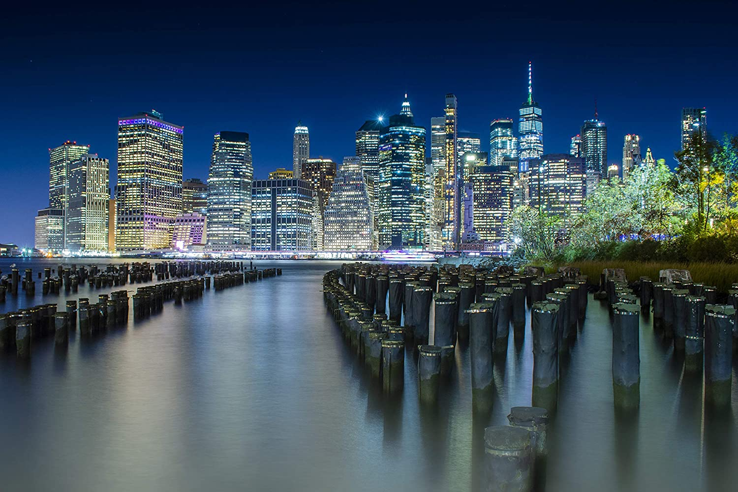 Amazon Com New York City Skyline By Night On Quality Canvas Unique View Of Downtown Manhattan From Brooklyn Perfect Water Reflection In A Clear Navy Blue Night Sky And Shiny Skyscrapers 24x36 Posters