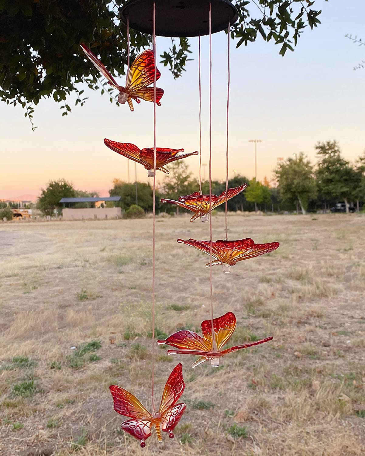 LINGBUSINESS Butterfly Solar Wind Chimes Outdoor Color Changing Waterproof LED Mobile Light Spiral Spinner Home Garden Patio Yard Decor Garden Festival Decorative Indoor Outdoor, Maple Red Butterfly
