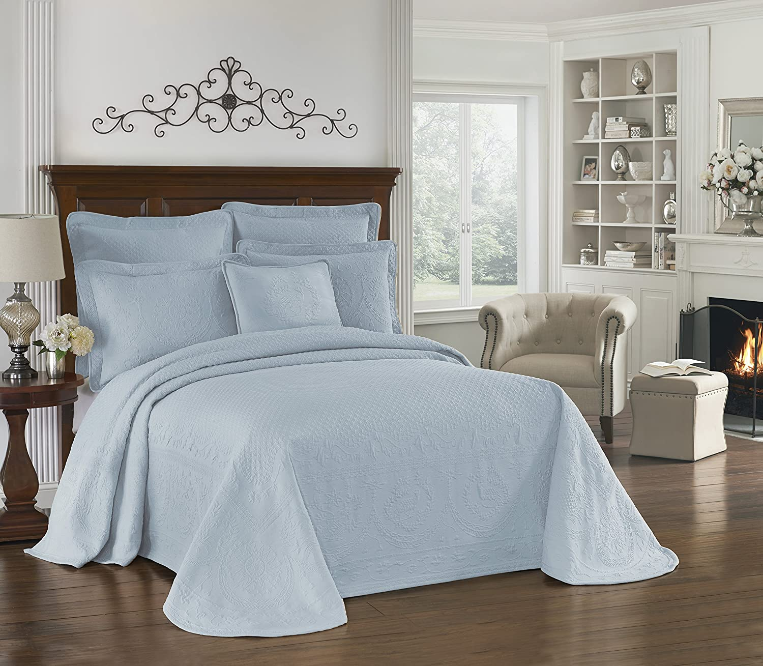 Historic Charleston 13989BEDDKNGBLU King Charles 120-Inch by 114-Inch Matelasse King Bedspread, Blue Ellery Homestyles