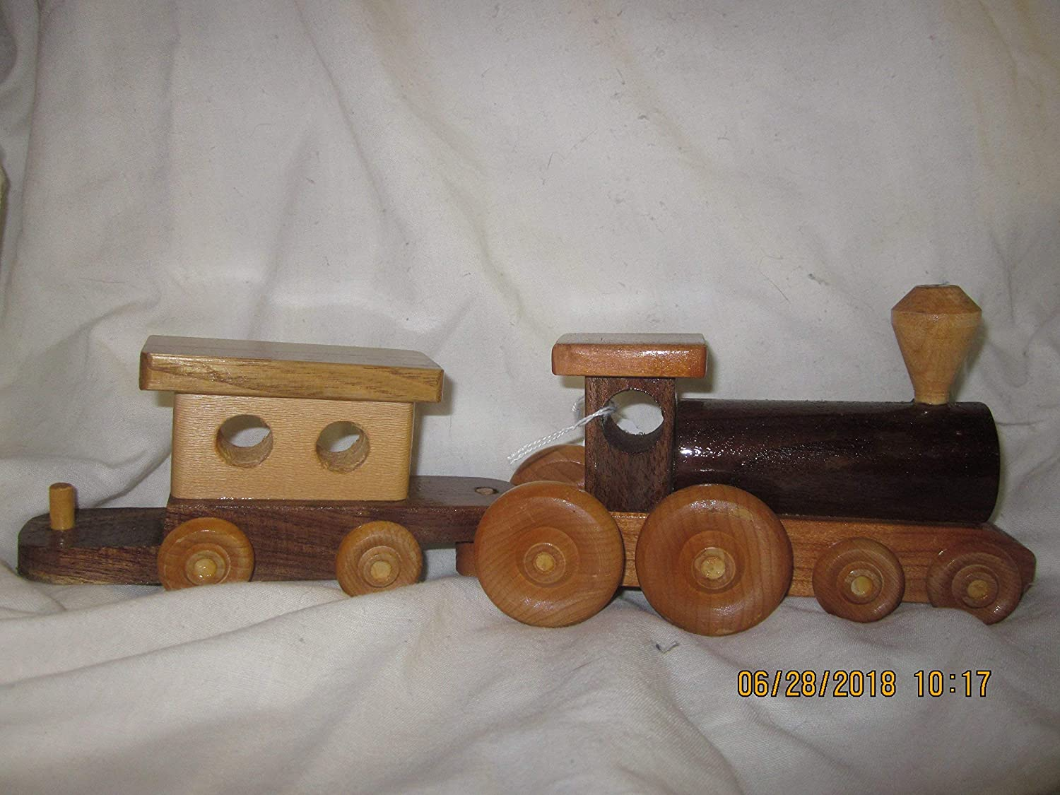 Wood Train Engine With Caboose