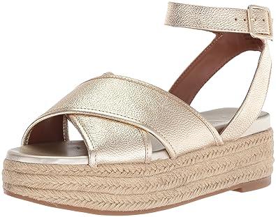 d20e0380cdd Nine West Women s SHOWRUNNER Sandal Light Gold Metallic 10 Medium US