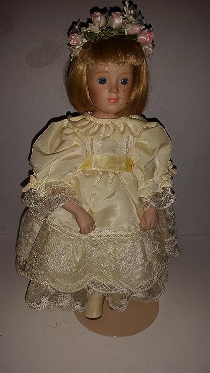 Amazon.com: PRINCESS DIANA Flower Girl Collectible Porcelain Doll ...