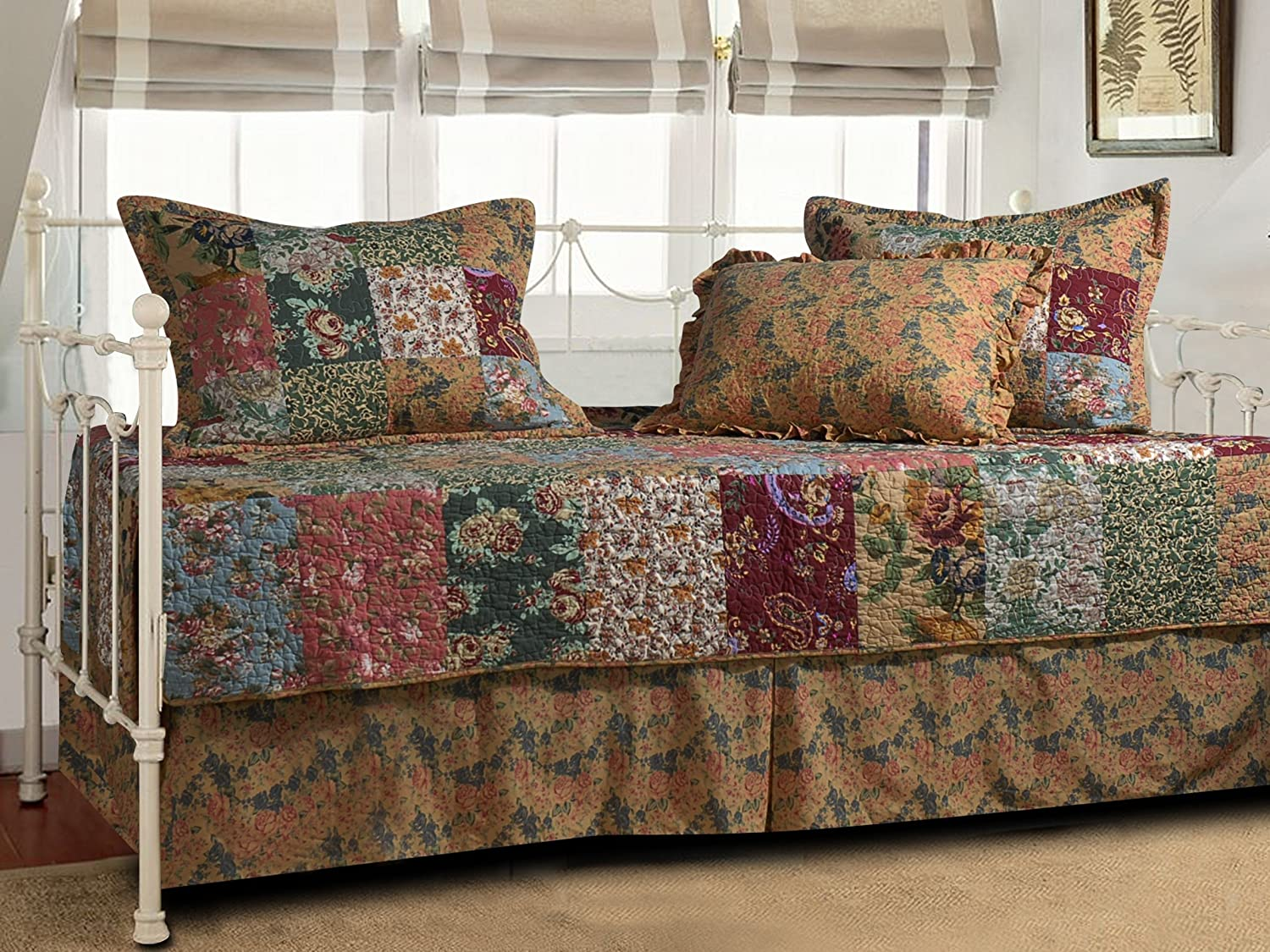 Greenland Home Antique Chic 5-Piece Daybed Set GL-0911AD