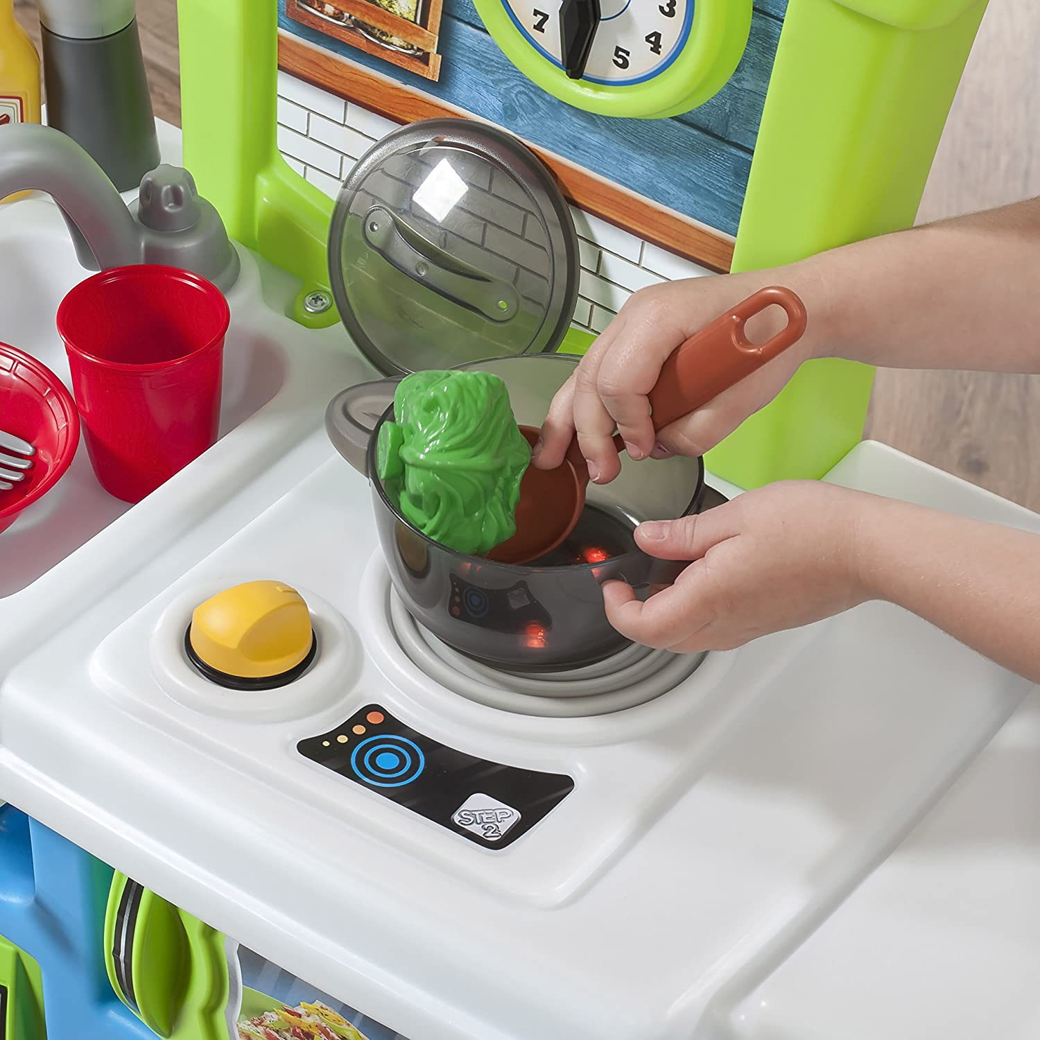 step2 little cooks kitchen playset toys games