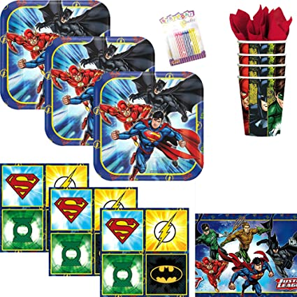 Amazon.com: DC Comics - Pack de 16 platos de postre ...