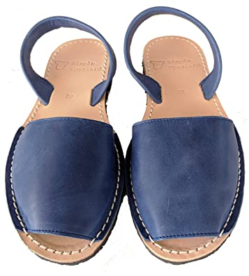 b55599517793 Simple Spaniard Dark Blue Women Avarca Sandals Classic Style Leather Sandals  from Menorca Spain Menorquinas (