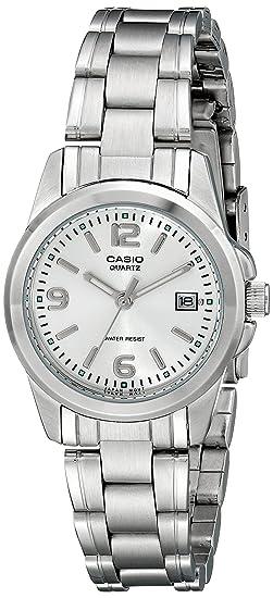 Amazon.com: Reloj de acero inoxidable de Casio LTP1215A-7ACR ...