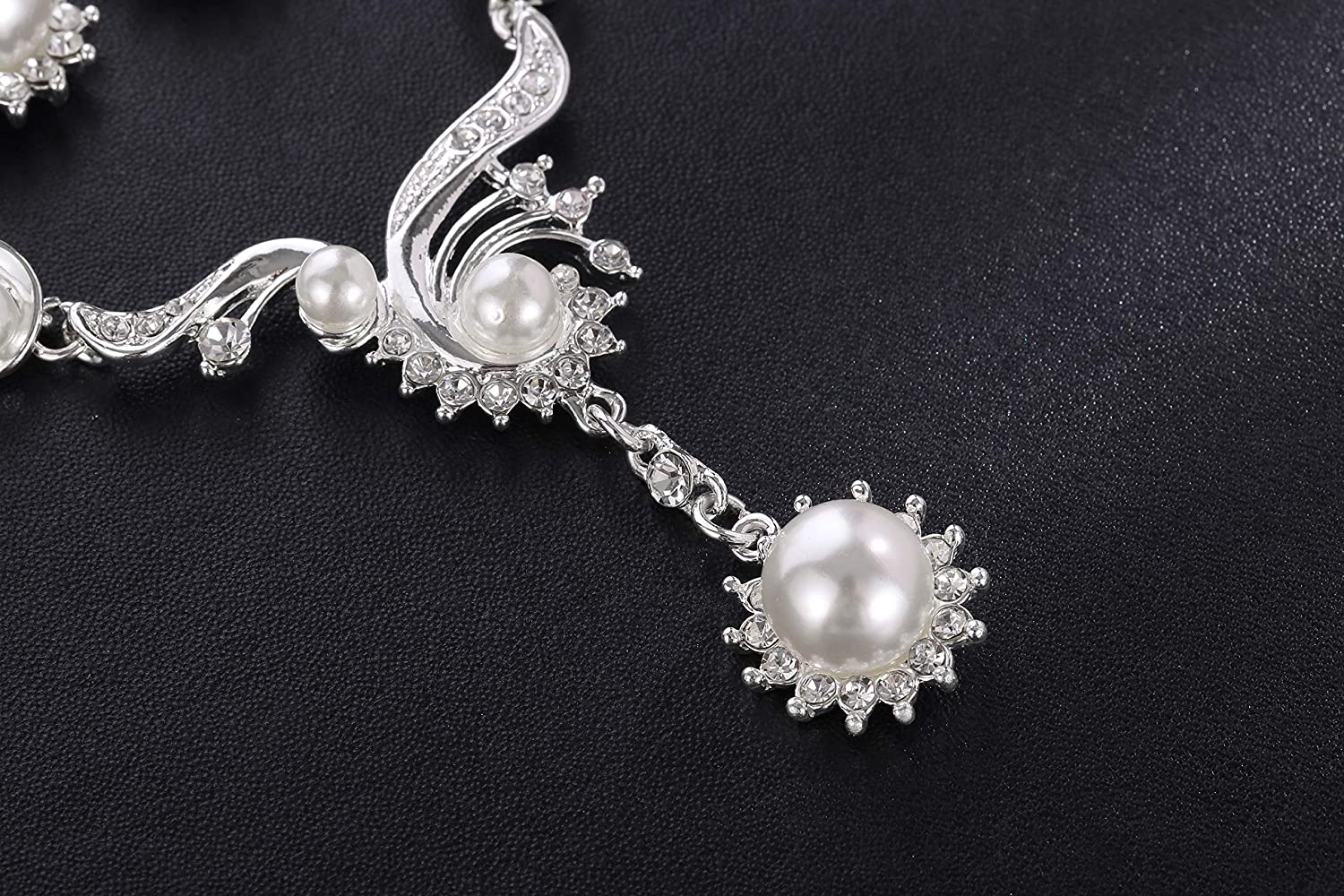 MOOCHI Womens Simulated Pearls Silver Plated Necklace Earrings Jewelry Set for Wedding Brides Braidsmaid Prom Costume Birthday