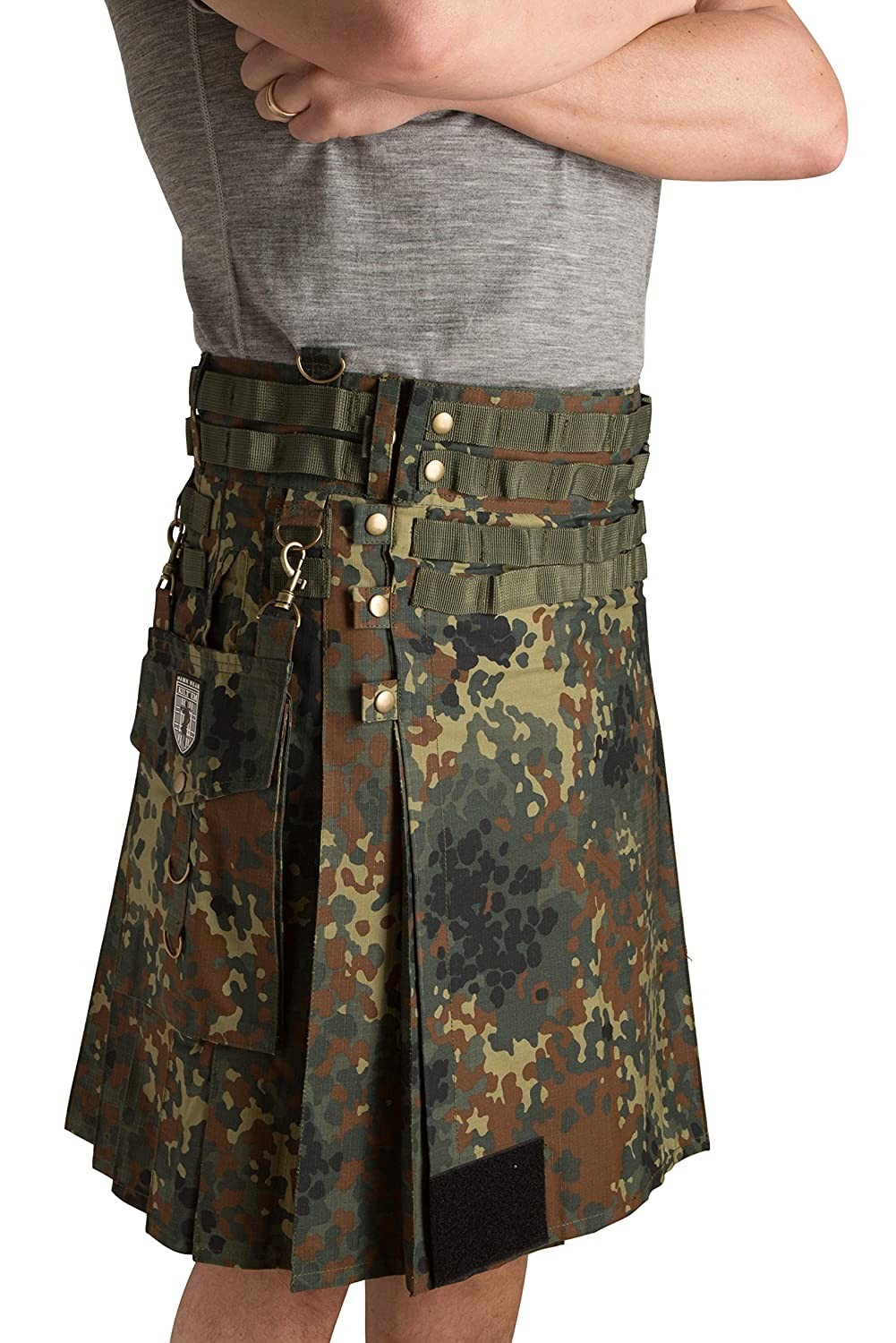 Damn Near Kilt 'Em SHORTS メンズ B01GITHLJ4 Small|Flecktarn Flecktarn Small