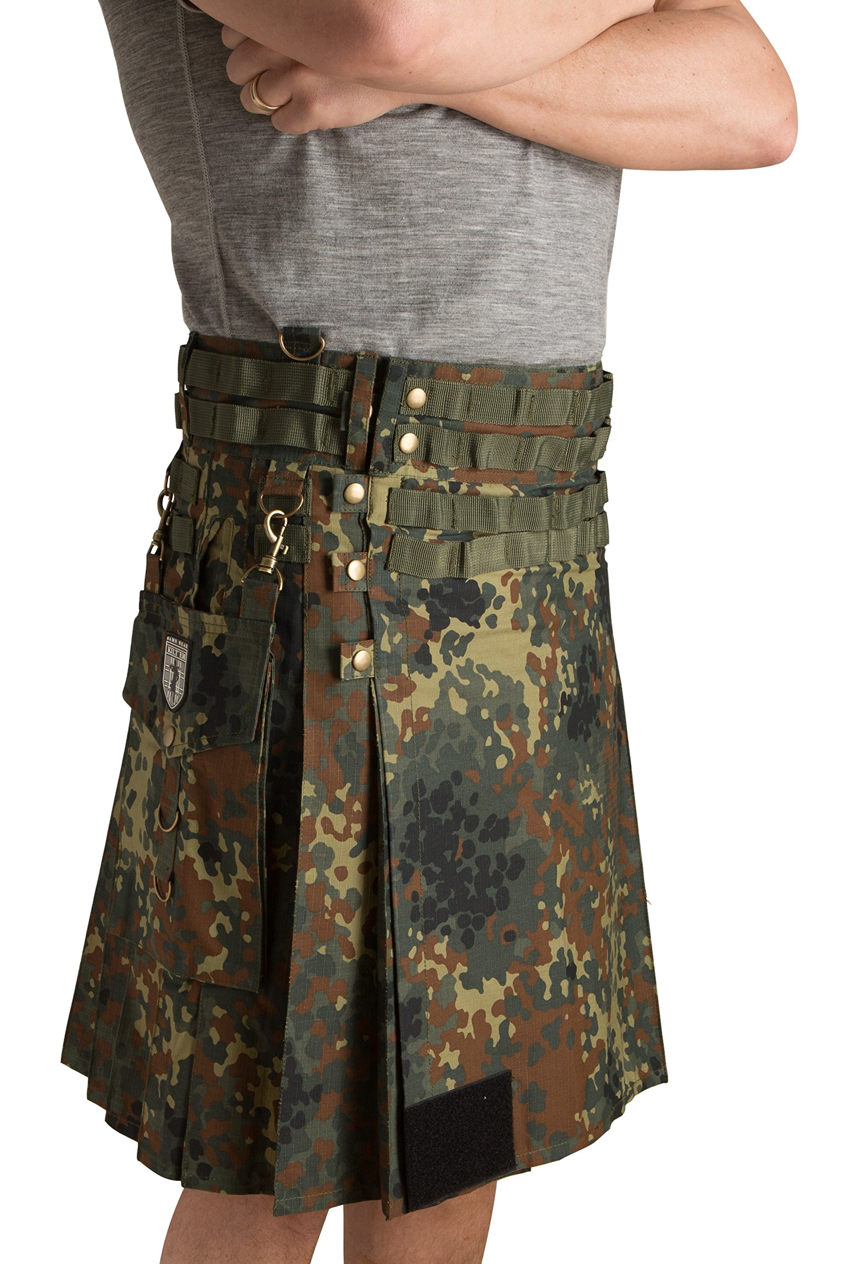 Damn Near Kilt 'Em Men's Tactical Kilt Large Flecktarn