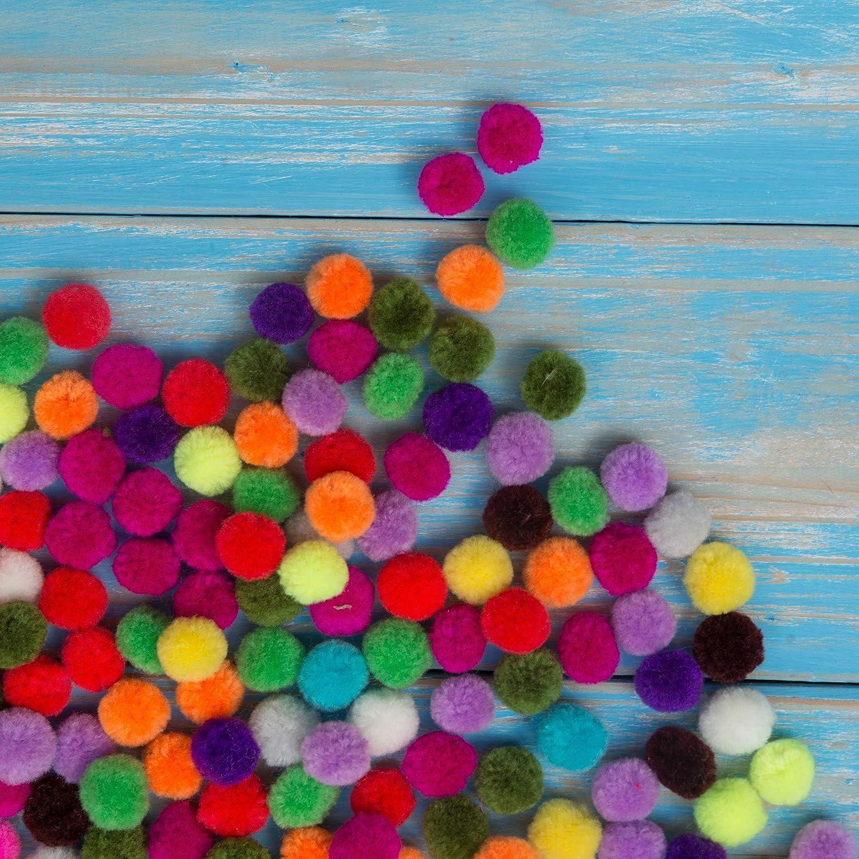 kleine Bommeln zum Basteln 2000er Mini Pom Pom Set bunt Deko f/ür Geburtstag /& Hochzeit Relaxdays Pompons D: 5 mm