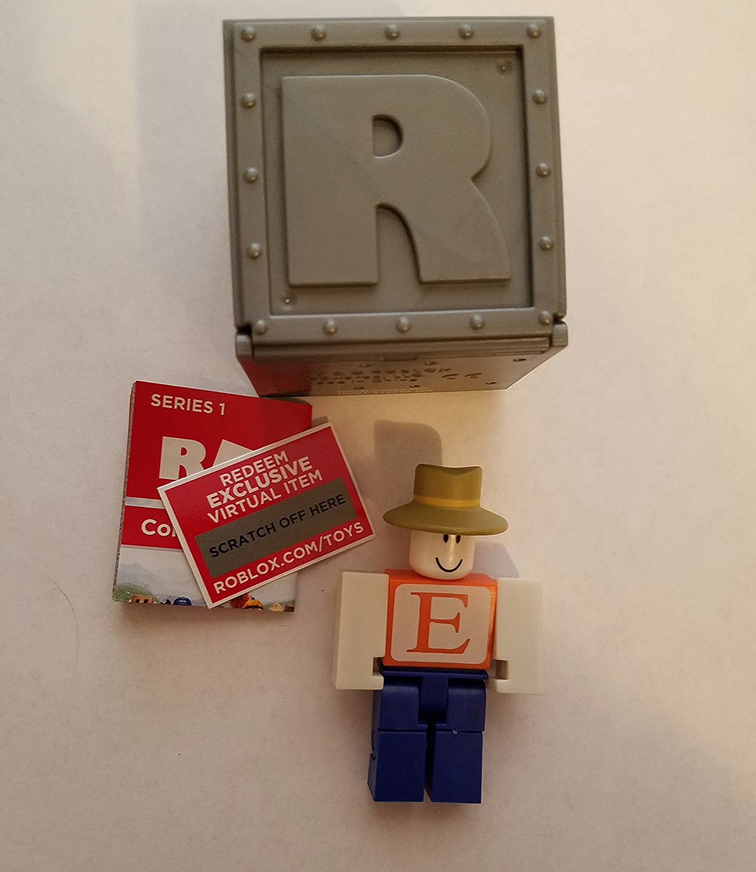 Amazon Com Roblox Series 1 Erik Cassel Action Figure Mystery Box