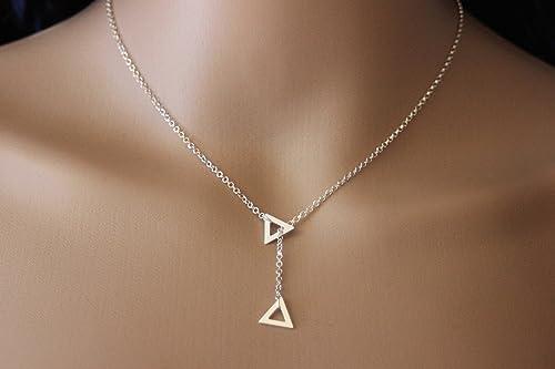 collier argent pendantif triangle
