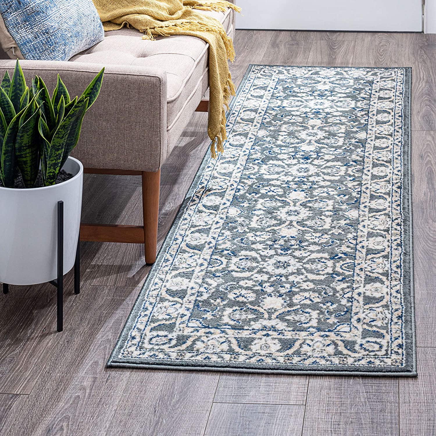 Amazon Com Shiloh Gray 2x8 Runner Area Rug For Hallway Walkway Entryway Or Foyer Traditional Floral Kitchen Dining