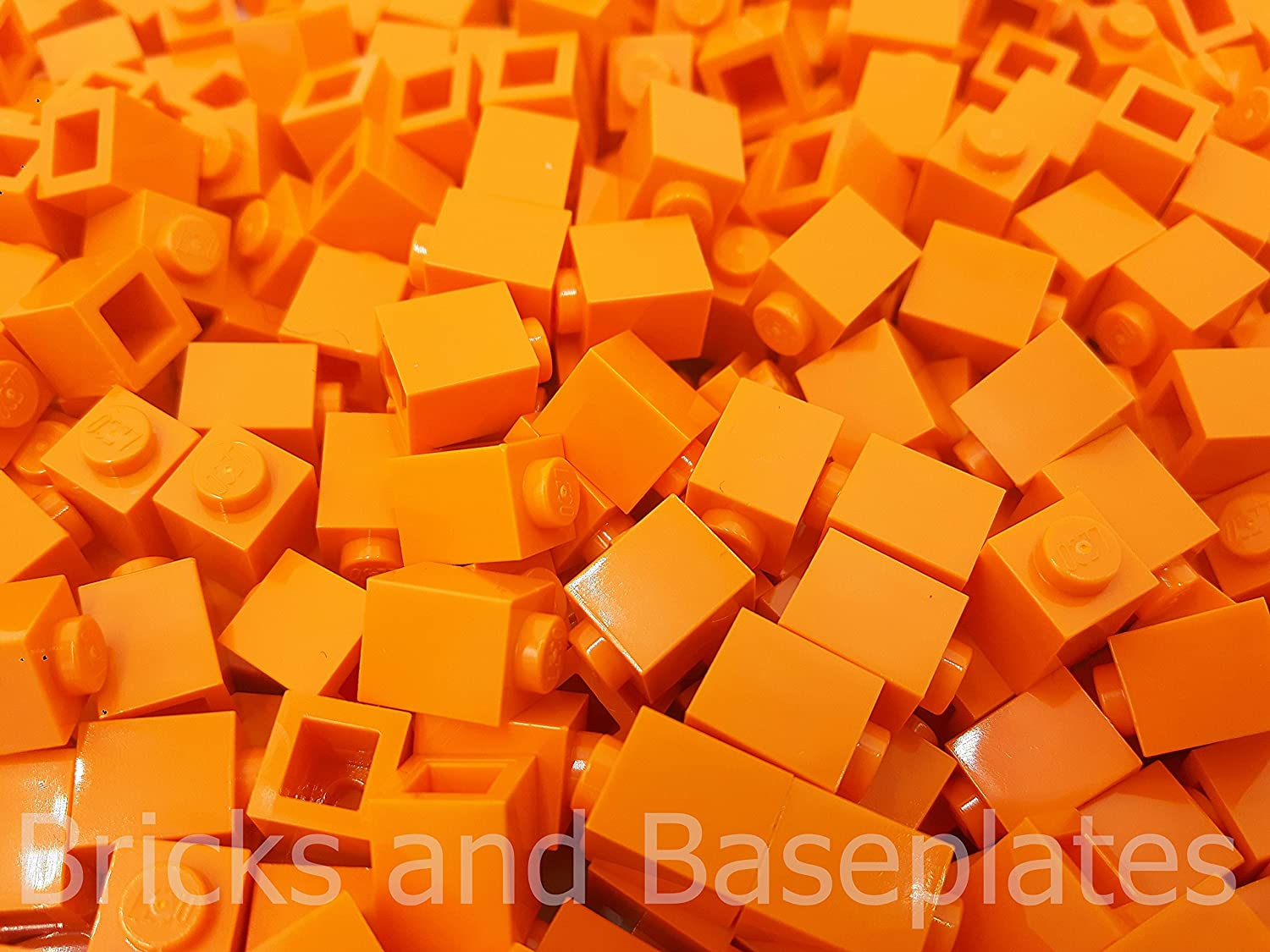 LEGO® BRICKS  1000 x orange 1x1 Pin Part 3005 Stud Dimensions 1 x 1 x 1 Dimensions LxWxH  0.8cm x 0.8 x 1.1cm FREE UK TRACKED POSTAGE From sets Supplied in Bricks and Baseplates® Sealed Packaging