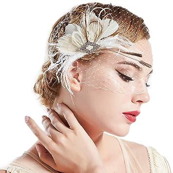 a6ae75d83456c Amazon.com   BABEYOND Bridal Wedding Fascinator Mesh Feather Fascinator  Hair Clip Hair Fascinator Veil Crystal Wedding Veil (White)   Beauty