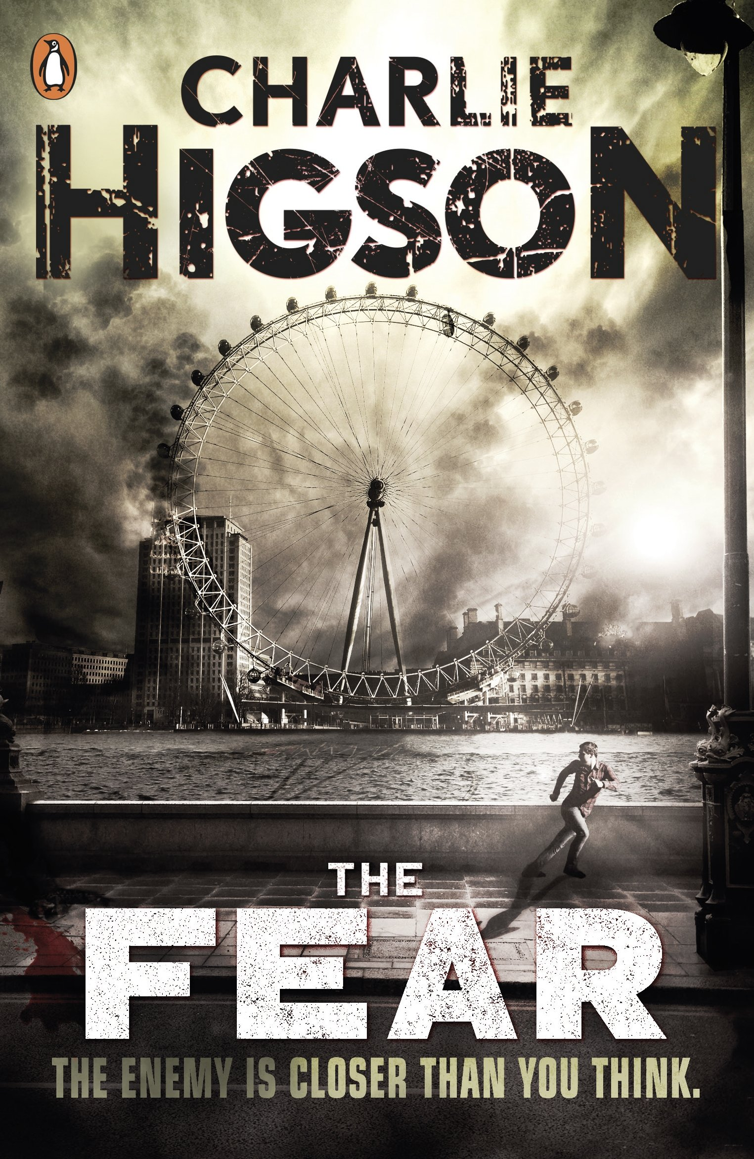 the fear the enemy book 3 co uk charlie higson the fear the enemy book 3 co uk charlie higson 9780141325064 books
