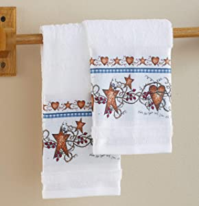 The Lakeside Collection Country Hearts and Stars Hand Towels for Bathroom Or Kitchen - Set of 2 Towels