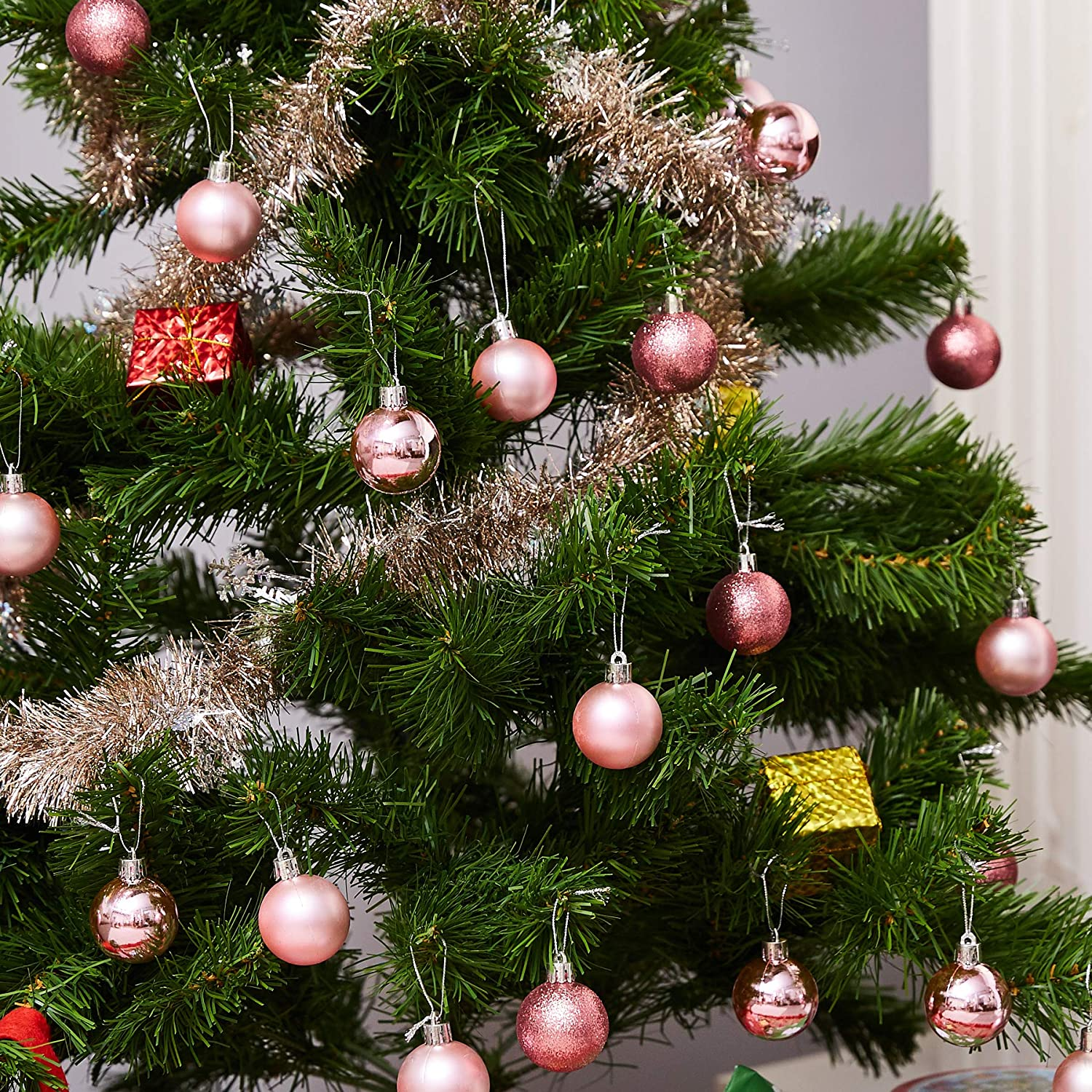 Hanging Plastic Bauble Holiday Decor Pink Shatterproof Small Christmas Balls Decoration Assorted 3-Finish Shiny 1.5 Inches Glitter Matte Juvale 48-Pack Mini Christmas Tree Ornaments