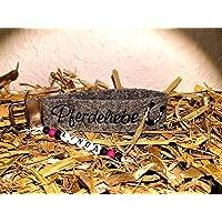 Schlüsselanhänger aus Filz mit Name Pferdeliebe/Hufeisen mit Namen bestickt - personalisiert, Geschenk, Nikolaus, Weihnachten